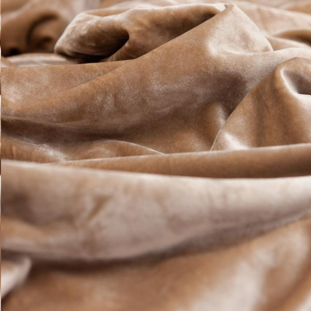Where to find LINEN - BEIGE GIAN in Houston