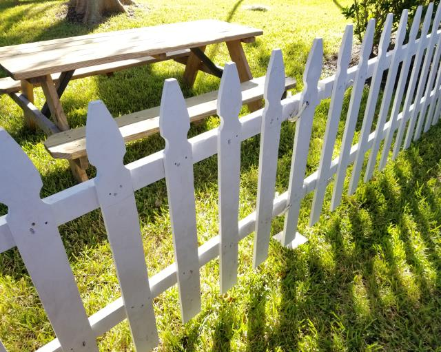 Where to find FENCE in Houston